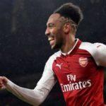 Aubameyang Minta Arsene Wenger Bertahan di Arsenal