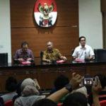 KPK Menyita Emas Seberat Hampir 2 KG Dari Amin Santono