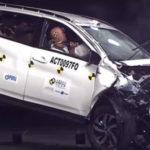 Toyota All New Rush Melakukan Uji Coba Tabrakan