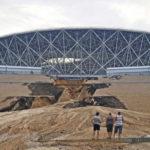 Belum Sepekan Usai Piala Dunia Volgograd Arena Sudah Longsor