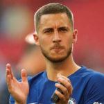 Cesc Fabregas Wajibkan Chelsea Pertahankan Eden Hazard