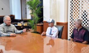 Menteri Perdagangan Berikan Beasiswa kepada Daniel Danuri Tumanduk