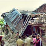 Gempa Mengakibatkan 2 Orang Meninggal