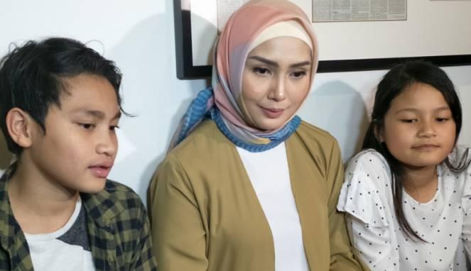 Fenita Arie Merasa Takut Salah Tanggapi Pujian Warganet