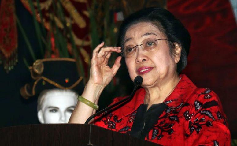 Megawati Sedih Ketika Azwar Anas Mengundurkan diri dari Pilgub