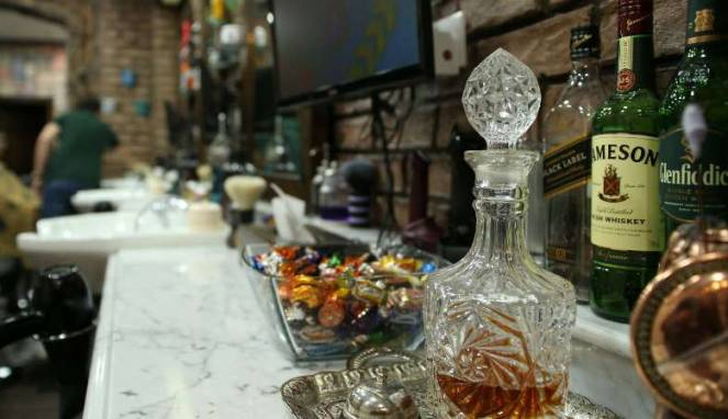 Pemerintah Sri Lanka Memperbolehkan Wanita Membeli Minuman Beralkohol Dengan Bebas