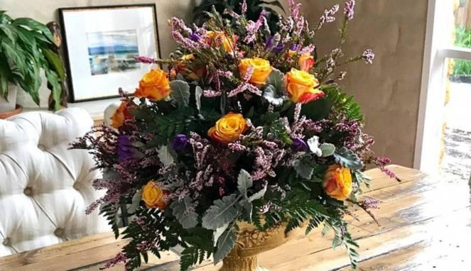 Tips Dan Trik Merangkai Bunga Untuk Memperindah Ruangan