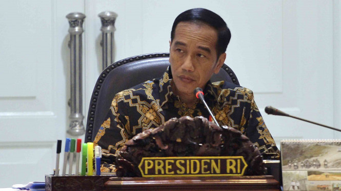 Eggi Sudjana Meminta Kepada Presiden Indonesia Tobat Konstitusi