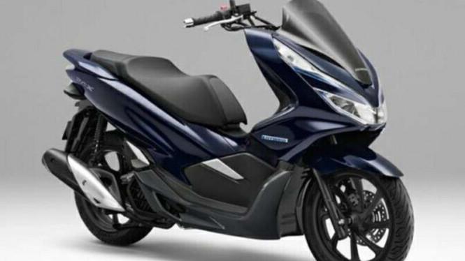Inilah Yang Terjadi Jika Honda PCX Hybrid Menempuh Jalanan Banjir