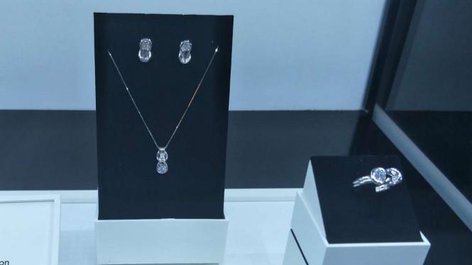Tips Mudah Jaga Berlian Anda Tetap Indah Berkilau