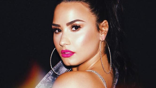Inilah Penyebab Penyanyi Demi Lovato Overdosis