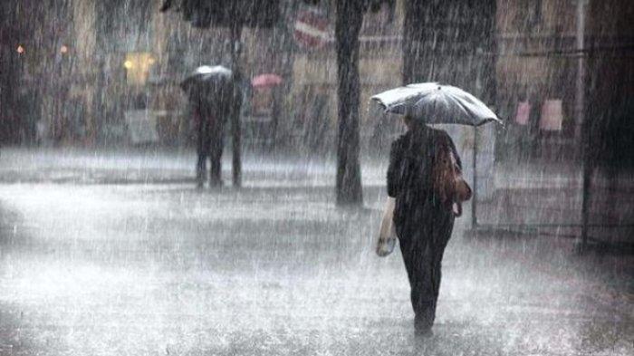 Jelang Musim Hujan BMKG Himbau Untuk Bersihkan Saluran Air