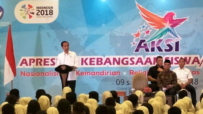 Jokowi Minta Para Murid Ikut Serta Menangkal Hoax di Medsos
