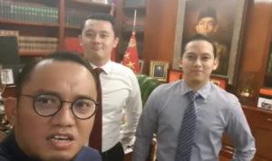 Koordinator Jubir Prabowo-Sandiaga Perkenalkan Ajudan Pribadi Prabowo