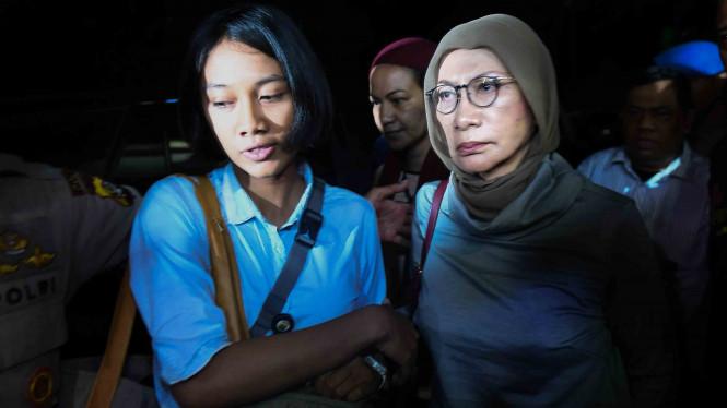 Ratna Sarumpaet Ditangkap Aparat Kepolisian
