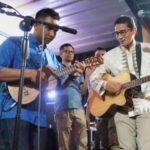 Selain Kampanye Di Aceh Sandi Kunjungi Makam Korban Tsunami