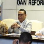 Syarifuddin Mengatakan Alasan Kenaikan Gaji PNS Harus Dilakukan