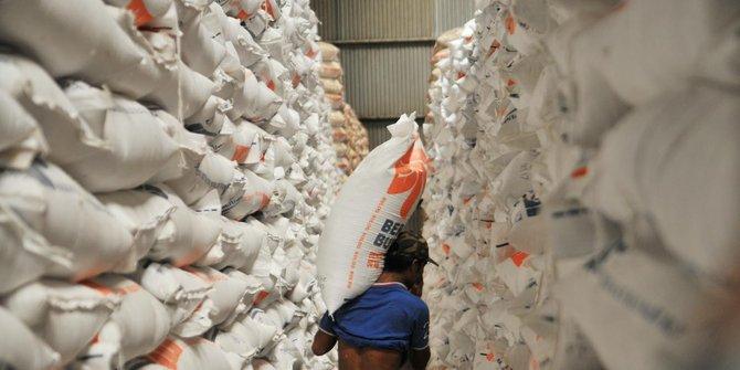 Bulog Memastikan Persediaan Beras Di Jawa Barat Aman