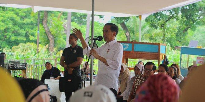 Jokowi Panen Raya Udang Di Muara Gembong