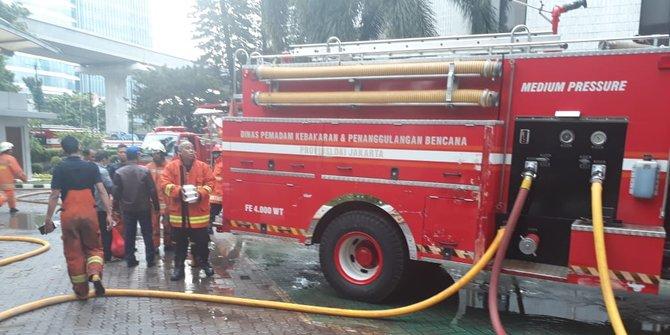 Kebakaran Di Gedung Kemenkumham Diduga Dari Ruang Server