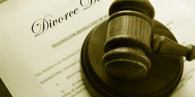 Medsos Menjadi Penyebab Utama Perceraian