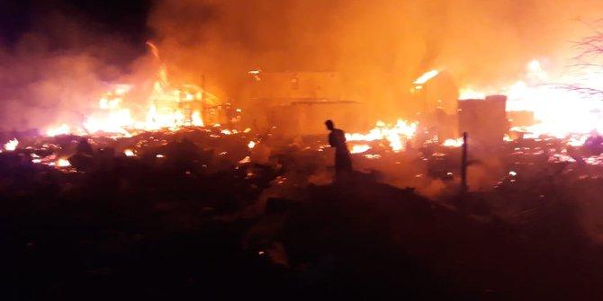 Puluhan Rumah Hangus Terbakar Di Permukiman Padat Tenggarong