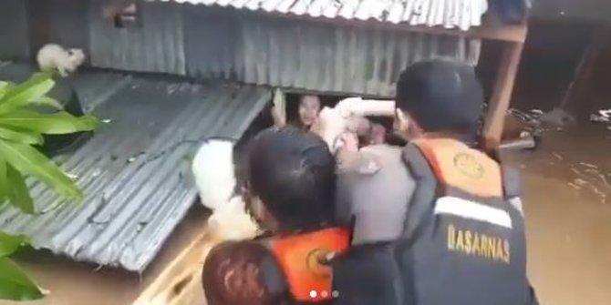 Ribuan Warga Di Pekalongan Harus Mengungsi Karena Terendam Banjir