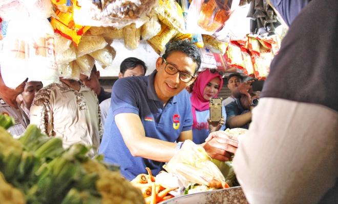 Sandiaga Uno Berkunjung Pasar Larangan di Sidoarjo