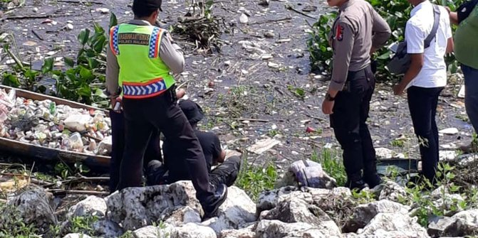 Seorang Pemulung Di Malang Temukan Jasad Bayi Dalam Bungkus Plastik
