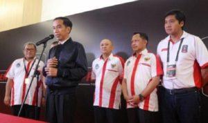 Jokowi Berikan Instruksi untuk Menghabisi Mafia Bola
