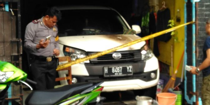 Teror Pembakaran Kendaraan Parkir Marak Terjadi Di Semarang
