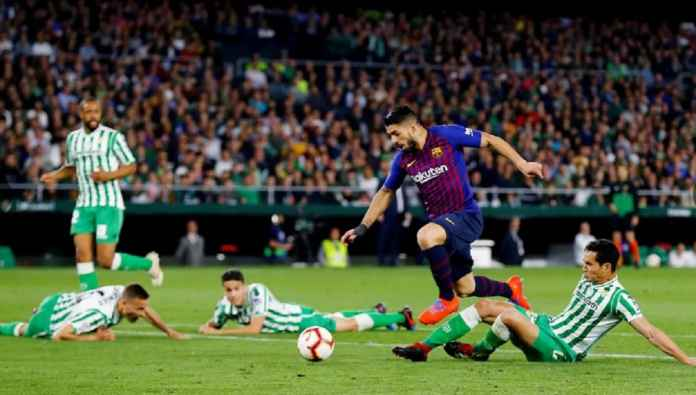 Barcelona Cemaskan Luis Suarez Menjelang Bertemu Manchester United