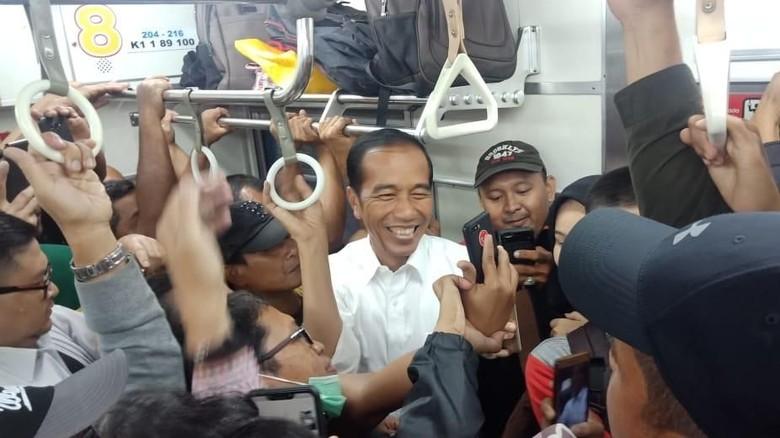Tanggapan PT KCI Soal Jokowi Naik KRL ke Bogor