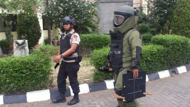 Polisi Klaim Tas Hitam Mencurigakan di Garut Bukan Bom